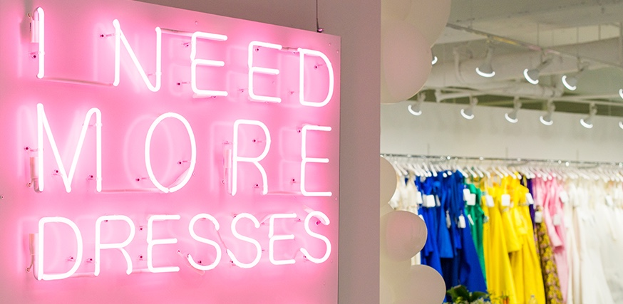 I need more dresses neon sign image